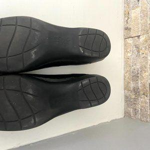Life Stride Shoes - Lifestride Black patent leather slip on